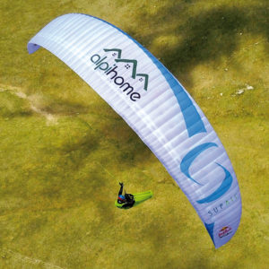 aile de parapente en vol red bull